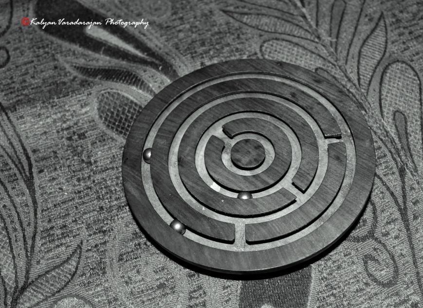 Maze & Metal Balls